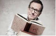 Kirjallisuustoimittaja Seppo Puttonen